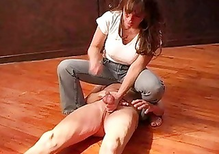 mature dominatrix extreme balls castigation